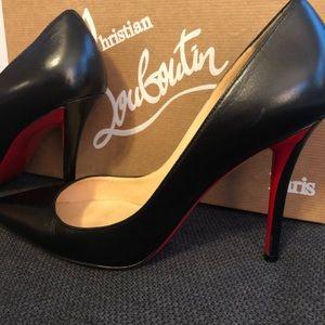a3d11bb6423 Christian Louboutin Shoes - Christian Louboutin Apostrophe Pump 100